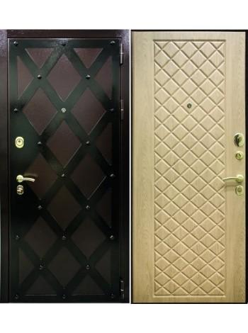 Входная дверь Сундук Ель карпатская